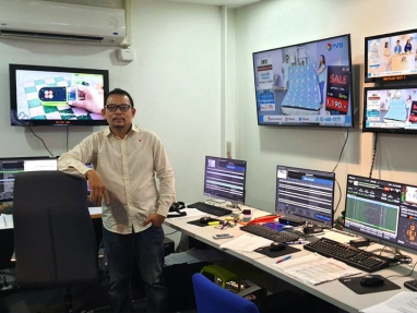 TV Direct MCR Manager Akarachai Tobsin in the network's playout control suite
